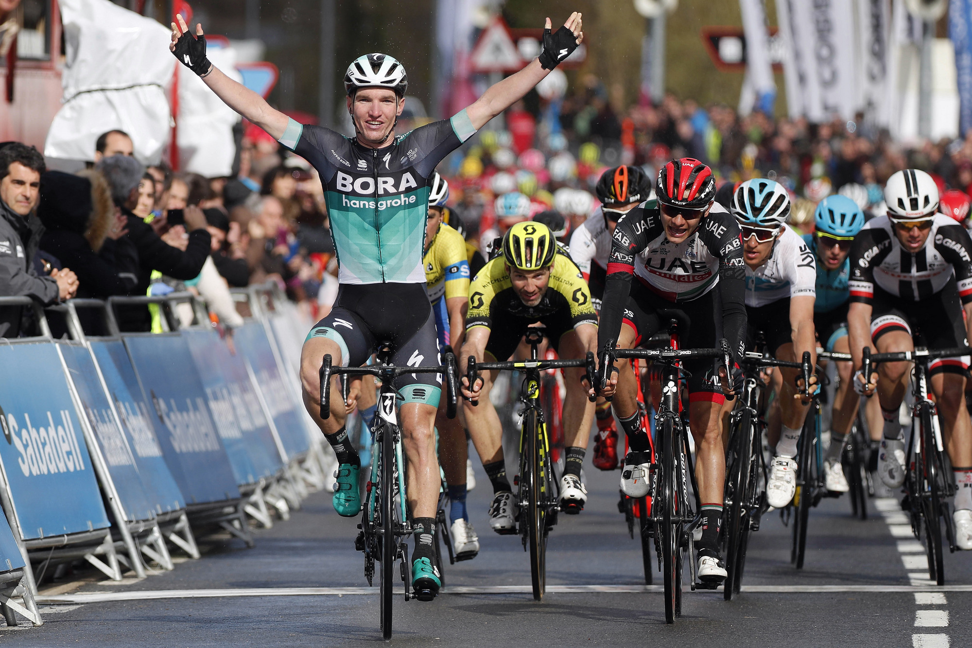 Jay McCarthy's wins Stage 3 in Pais Vasco