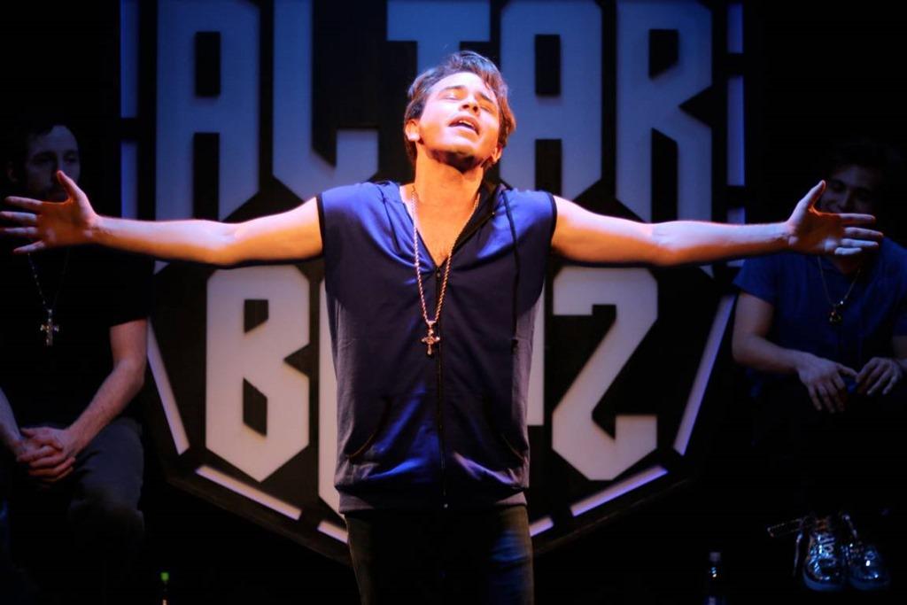 Frankie-Leo-Bennett-stars-in-Altar-Boyz-Theo-Ubique-Cabaret-Theatre (1).jpg