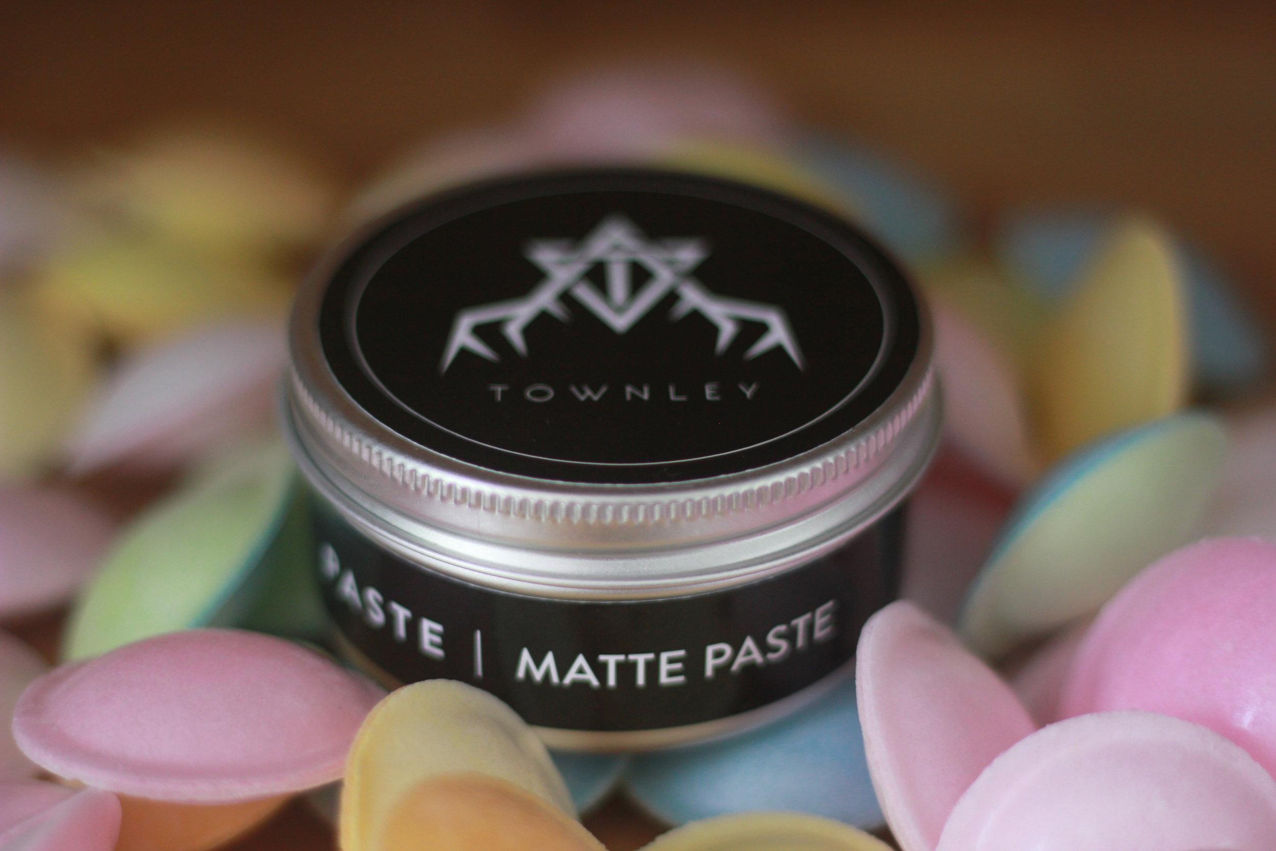 Townley Matte Paste