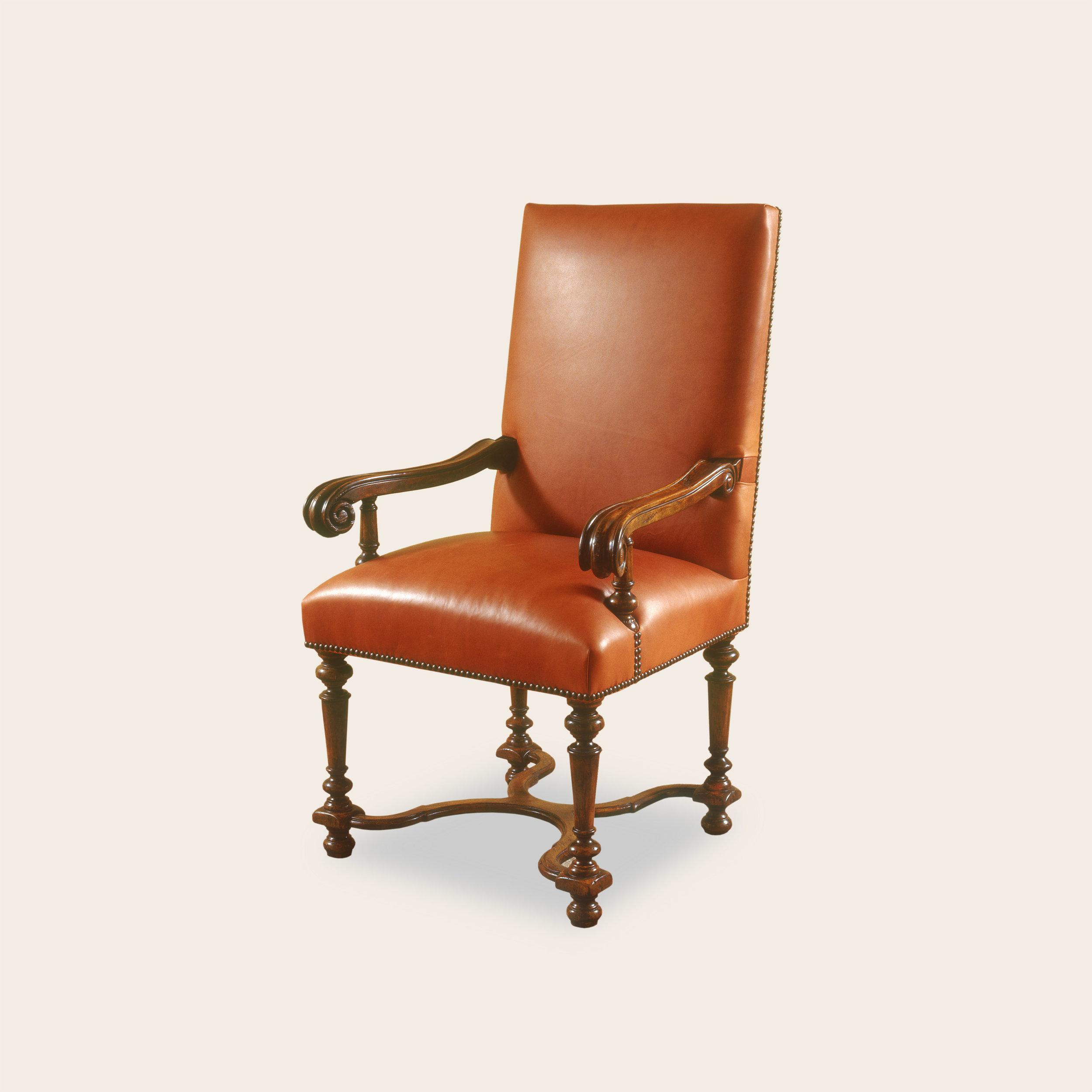 Pilar Arm Chair