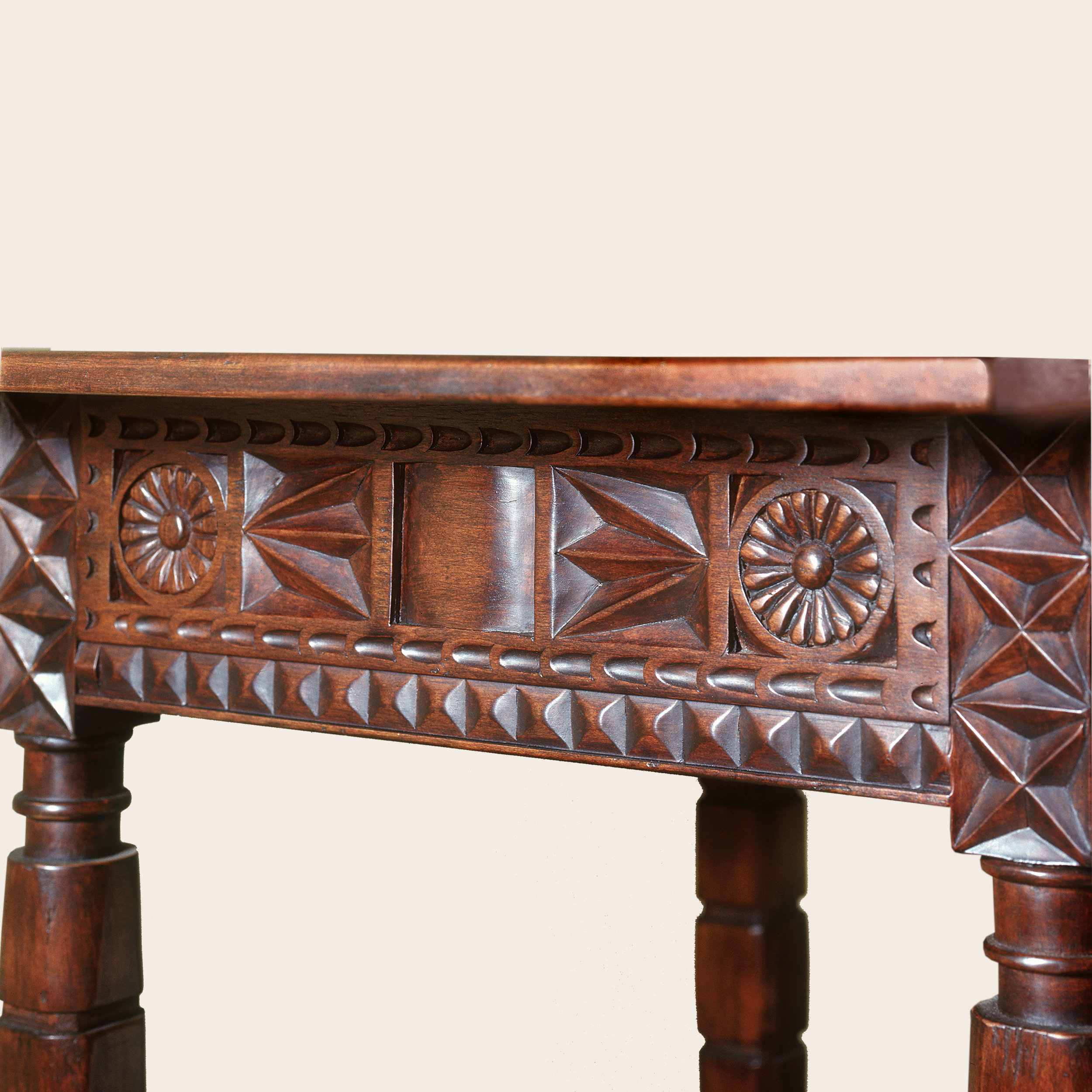 Aaron Console Table Detail