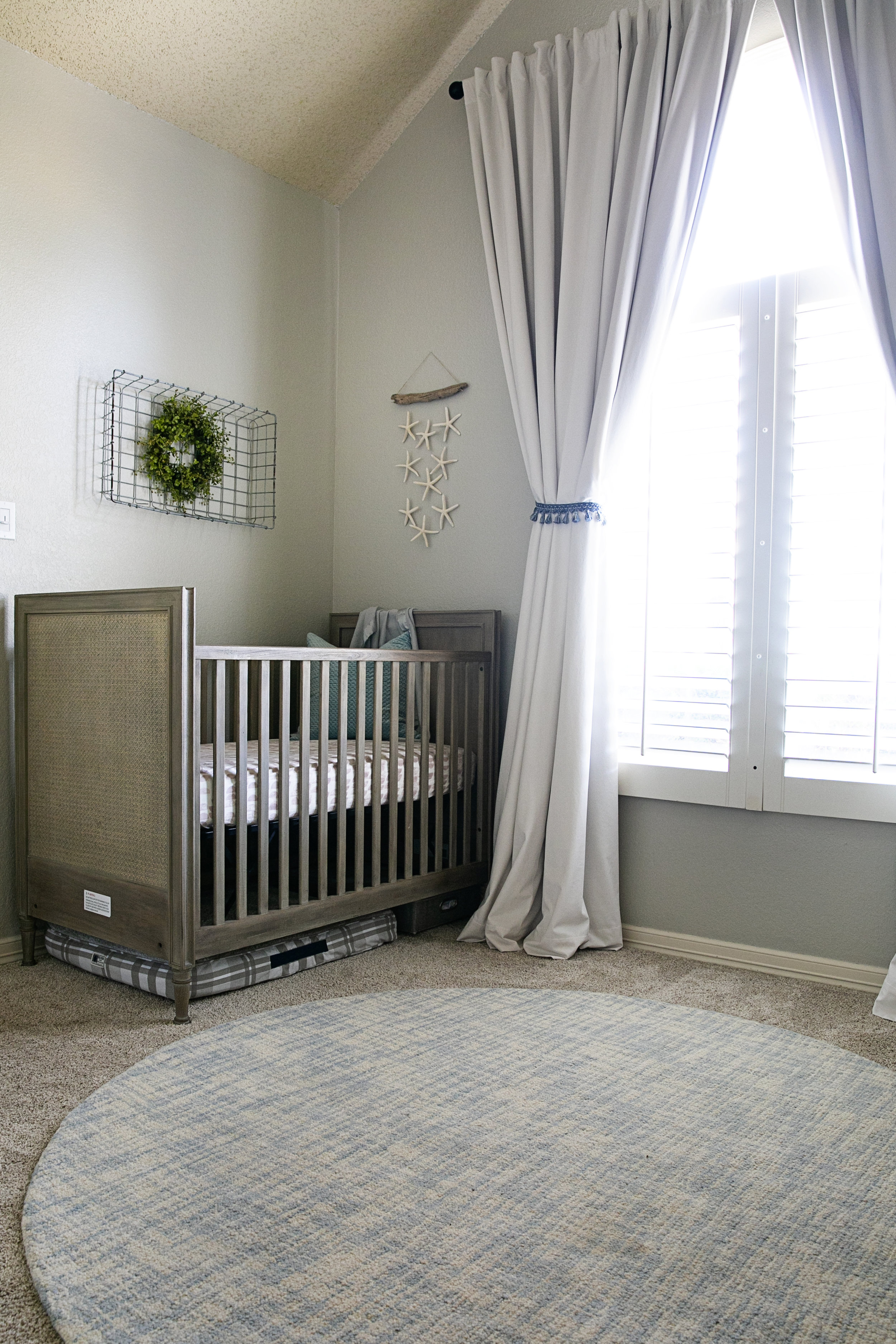 Linda_McMillan_Photography_Costal_Beach_Nursery_03.jpg
