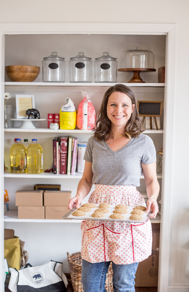 Hi, I'm Dorothy. - In my family we LOVE to eat sweets and I'm particularly partial to baked goods. What began as a hobby of baking for my friends and family has grown to baking great cookies for you and your friends and family.