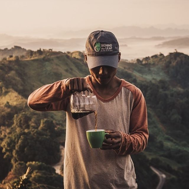 Monday morning… getting served single origin coffee at origin in Myanmar by the coffee producer.  Wake up, I'm afraid it was just a dream.  #behindtheleafcoffee #coffeeatsunrise #mondaymorningcoffee #specialtycoffee #PaO #singleorigincoffee #coffeeorigin #pourover #myanmar #shanstate #coffeebreak #mountainview #manualbrew #coffeeproducer 📷 @forasiacheers