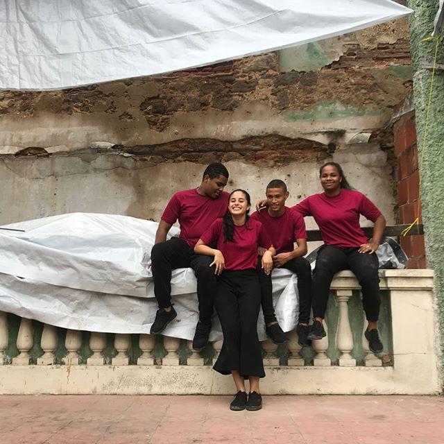 ¡Hoy tuvimos la increíble oportunidad de trabajar con @cineanimal y los bailarinas/es de @programaenlaces en el histórico Teatro El Dorado que cautivo a miles durante gran parte del siglo XX!
