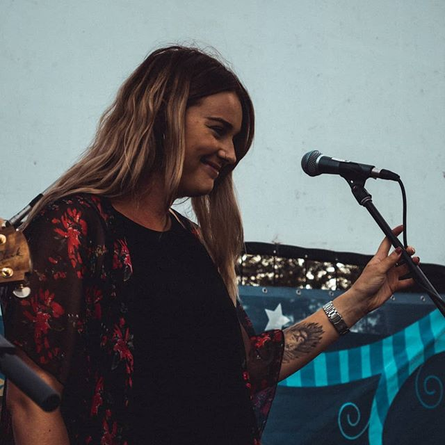 We had such a fabulous day yesterday at Newcastle Permanent's Cinema Under the Stars! Had all the little kidlets up and dancing (even some adults)  Such a great way to spend out Saturday night (sneaky vid coming soon)  #ableton #guitar #acousticguitar #livemusic #livelooping #newcastle #blonde #function #functionband #acoustic #coleclark #coleclarkguitars #weddingband  @mjjthomas @jb_filmsthings @jb_musician @eao_entertainment @lisa.michelle__ @newcastlepermanent @newcastlelive @shure @coleclarkguitars @ableton @huntervalley_weddings @weddingcollectivensw *special mention to @cat_tale_productions for taking these snaps*