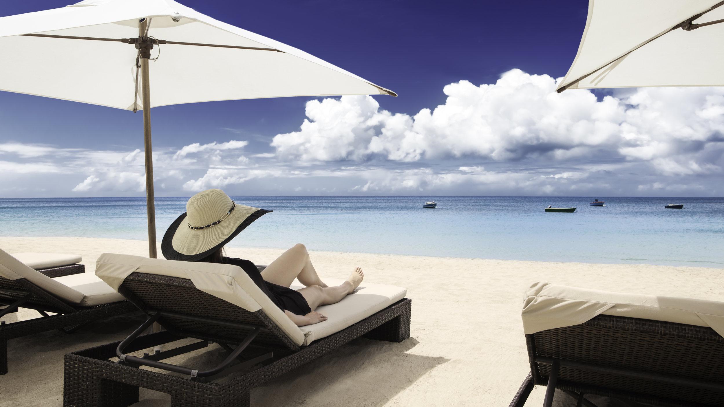 Inspirato_Destination_Anguilla_Lifestyle_BeachLounge.jpg