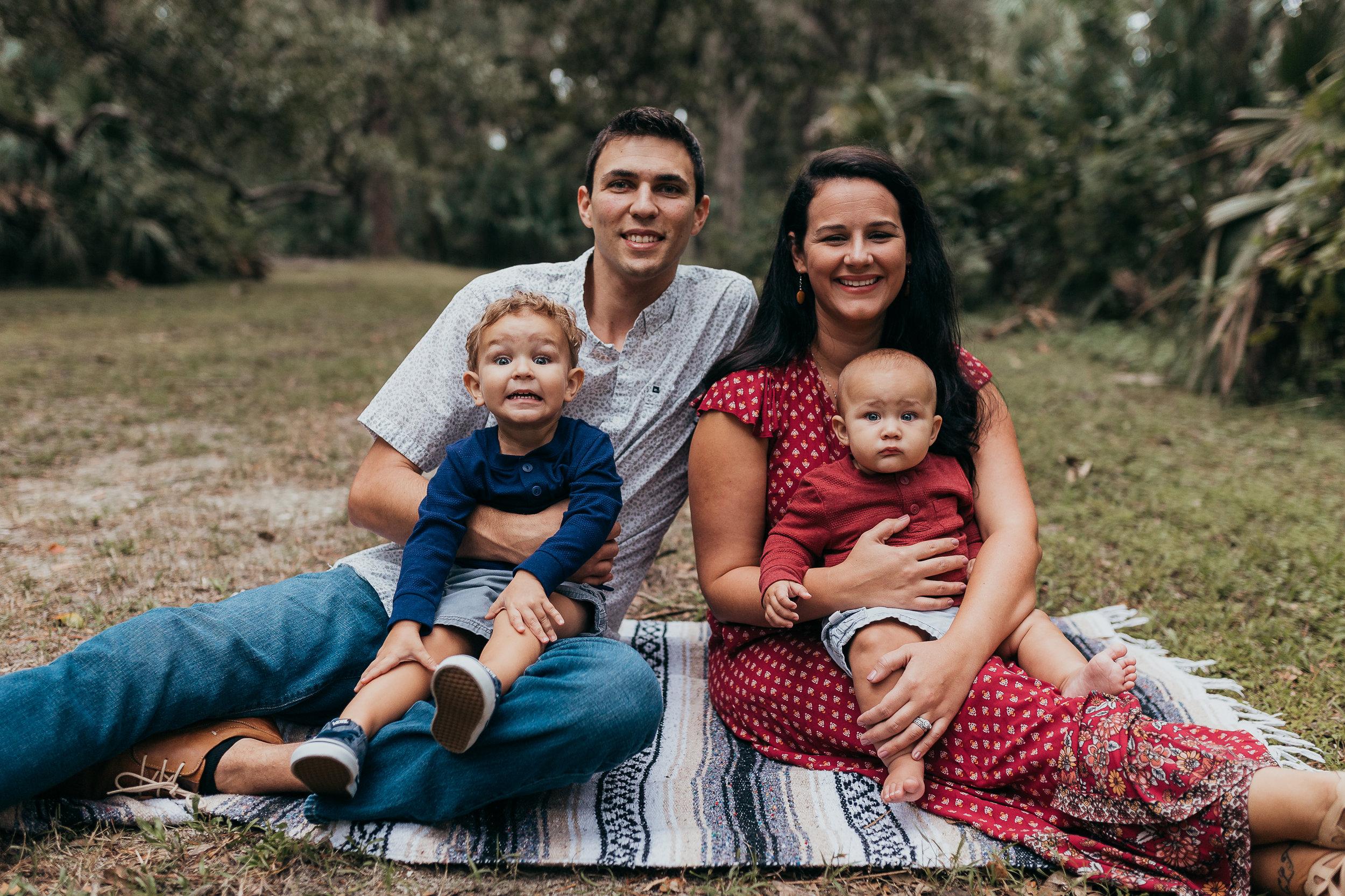 Deland Florida family photographer also serving Daytona Beach and Orlando