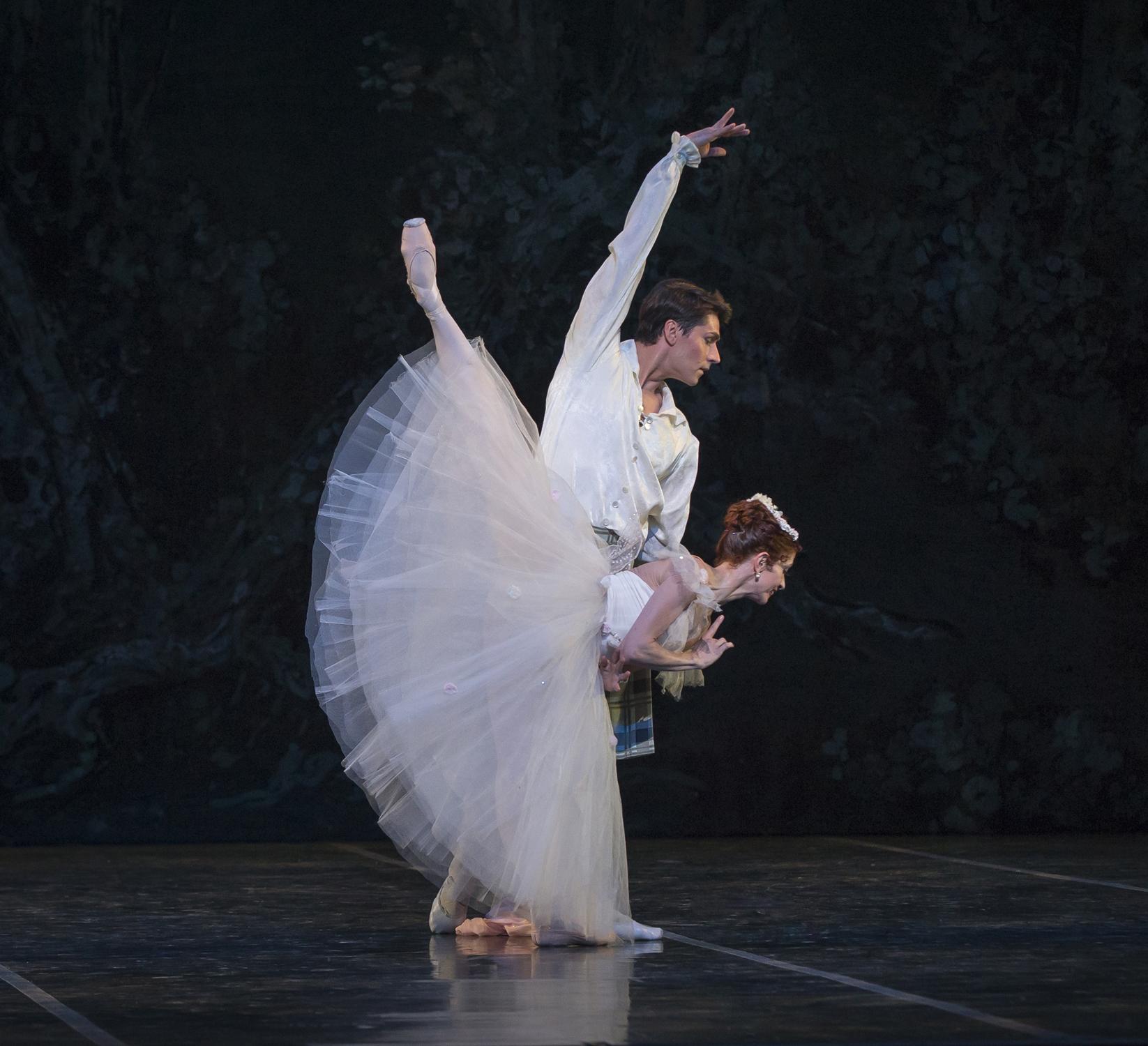 Maria-Mosina-and-Alexei-Tyukov-in-La-Sylphide-Act-II-by-Mike-Watson.jpg