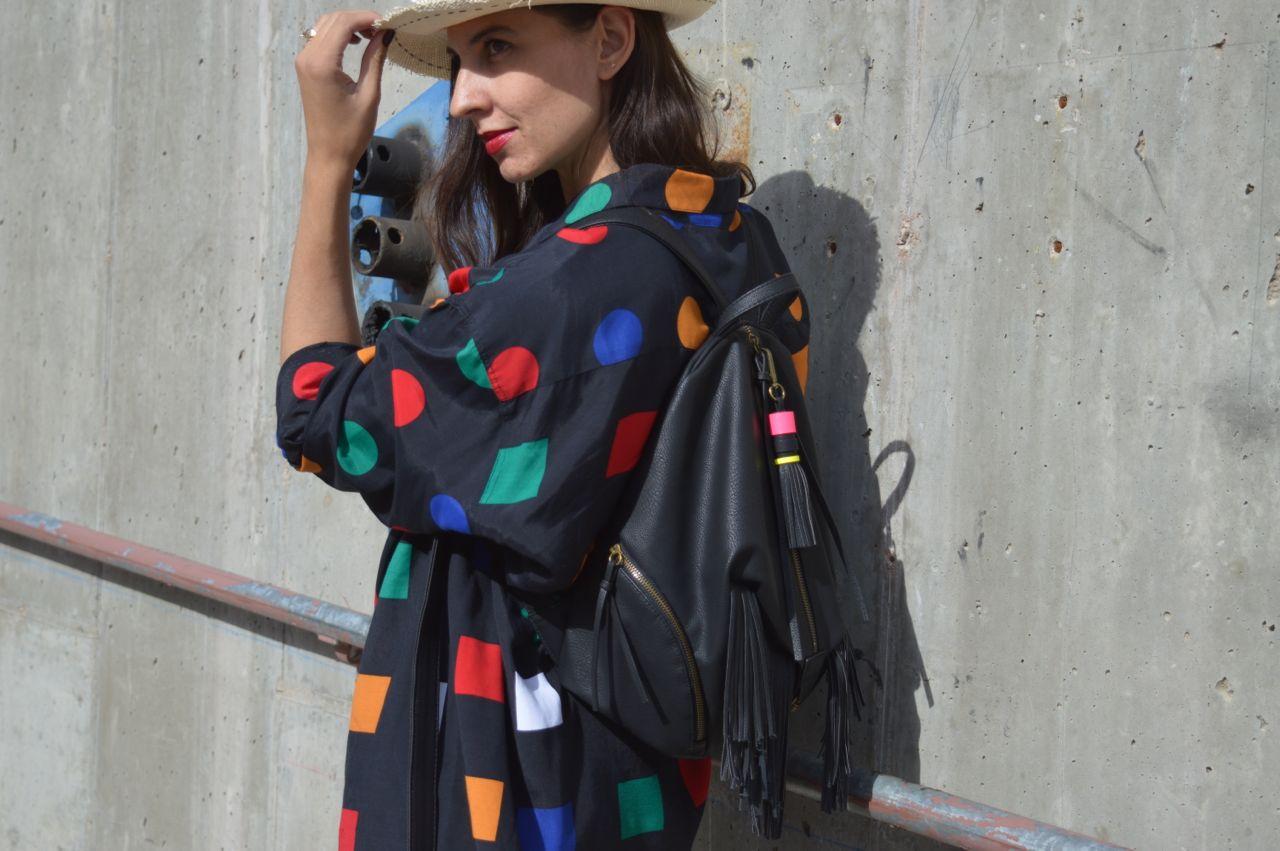 vintage-shapes-limited-blouse-1.jpg