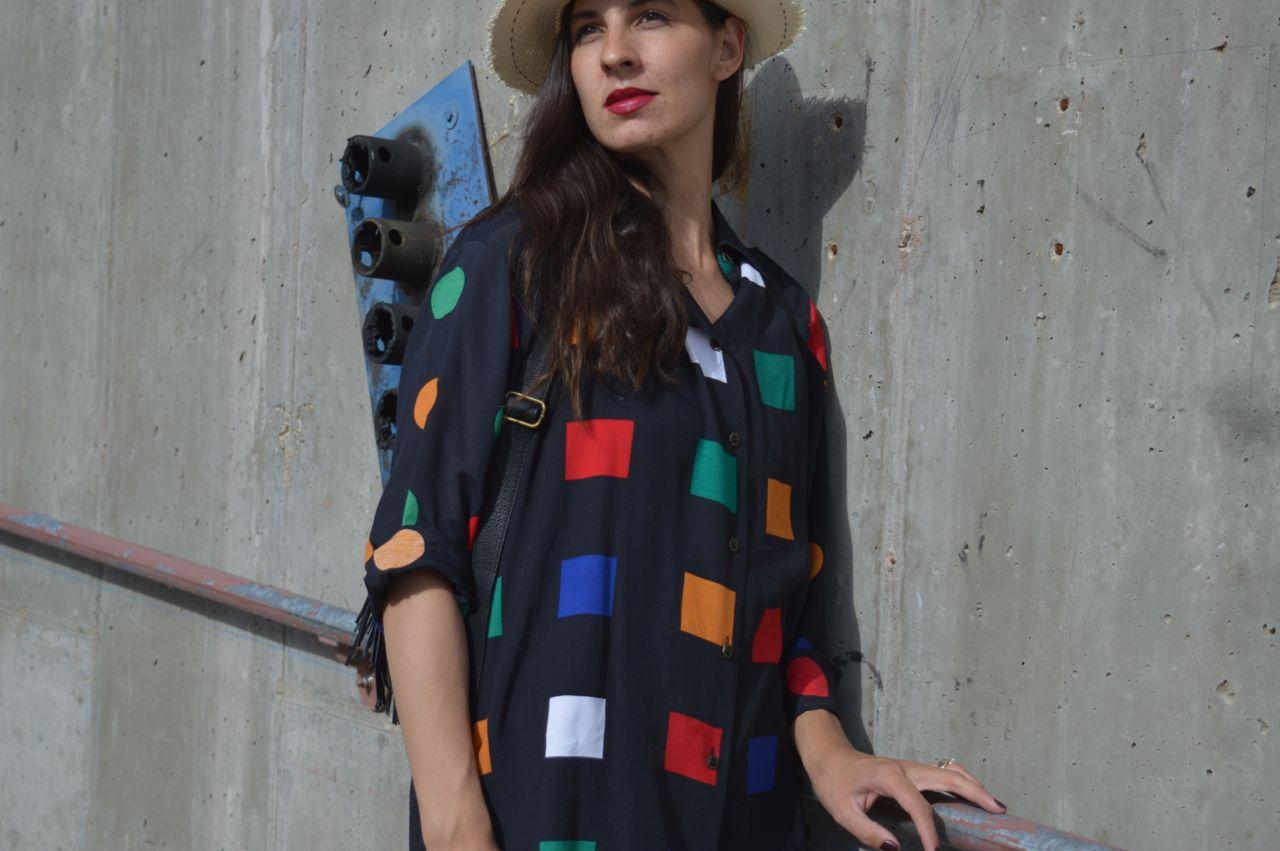 vintage-shapes-limited-blouse-2.jpg