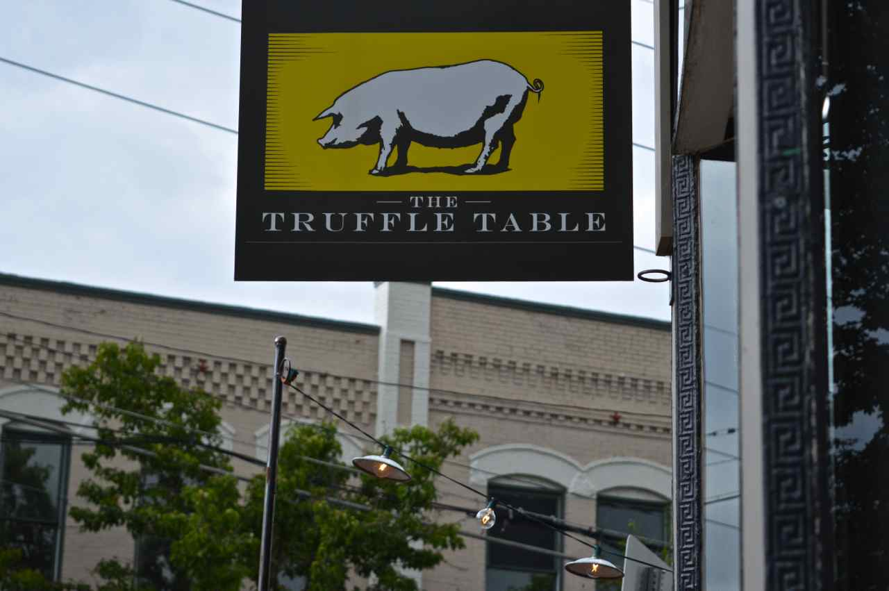 date-night-in-denver-truffle-table-5.jpg