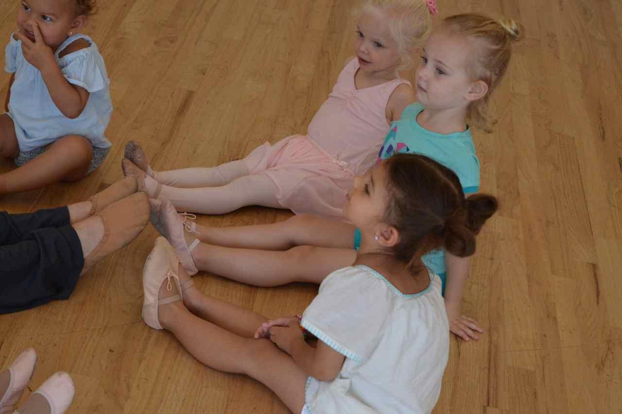 colorado-ballet-academy-creative-dance-camp-10.jpg