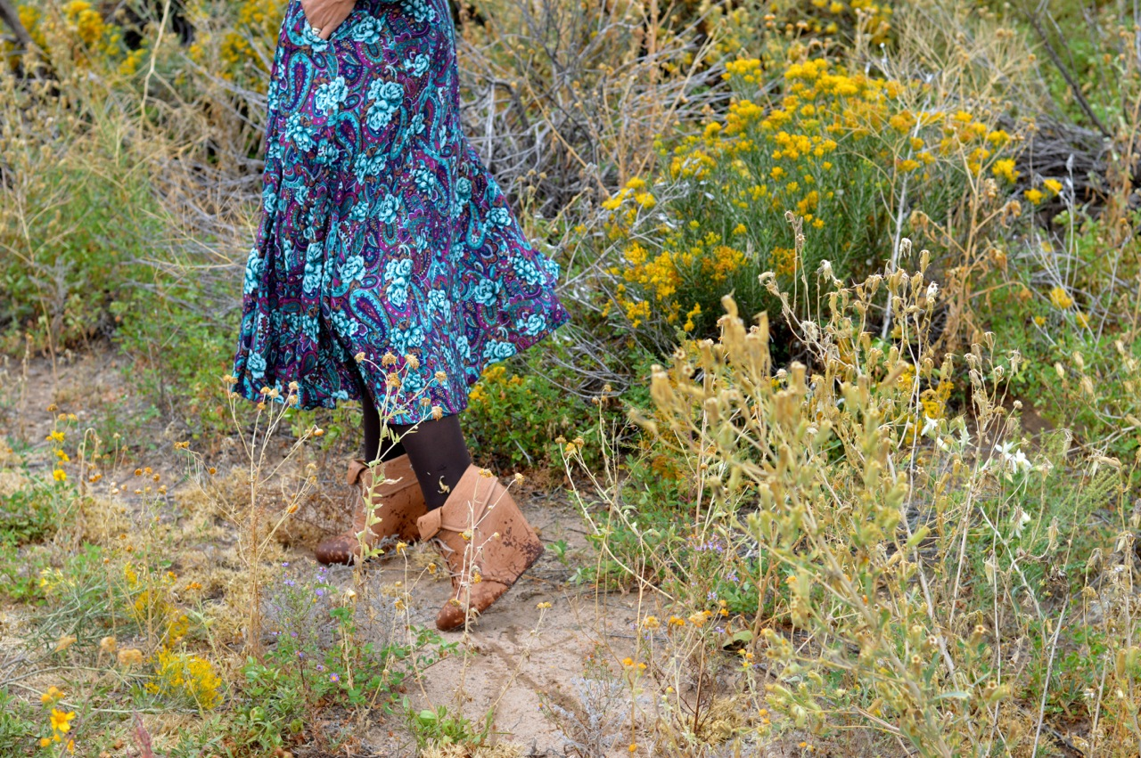 Nature-Walk-with-Toddlers-in-Colorado-13.jpg