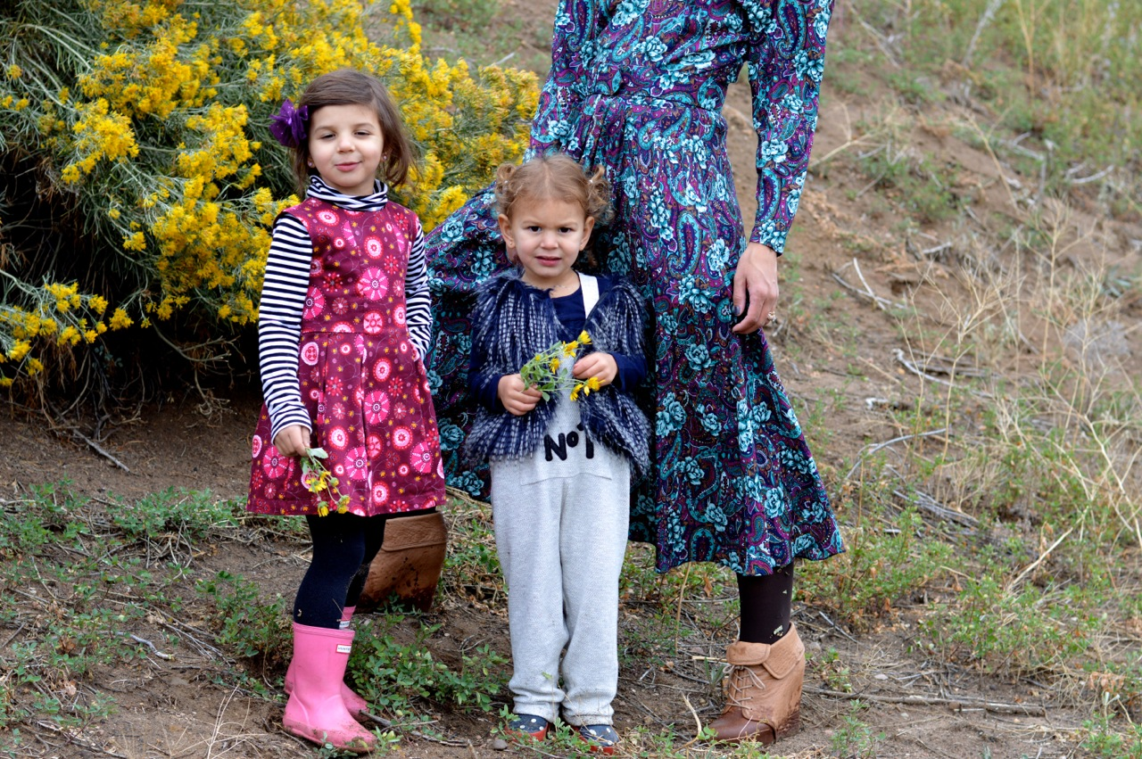 Nature-Walk-with-Toddlers-in-Colorado-39.jpg