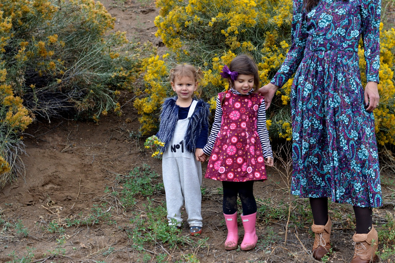 Nature-Walk-with-Toddlers-in-Colorado-42.jpg