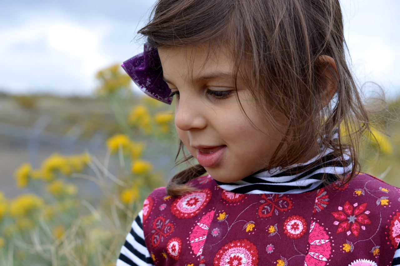 Nature-Walk-with-Toddlers-in-Colorado-63.jpg