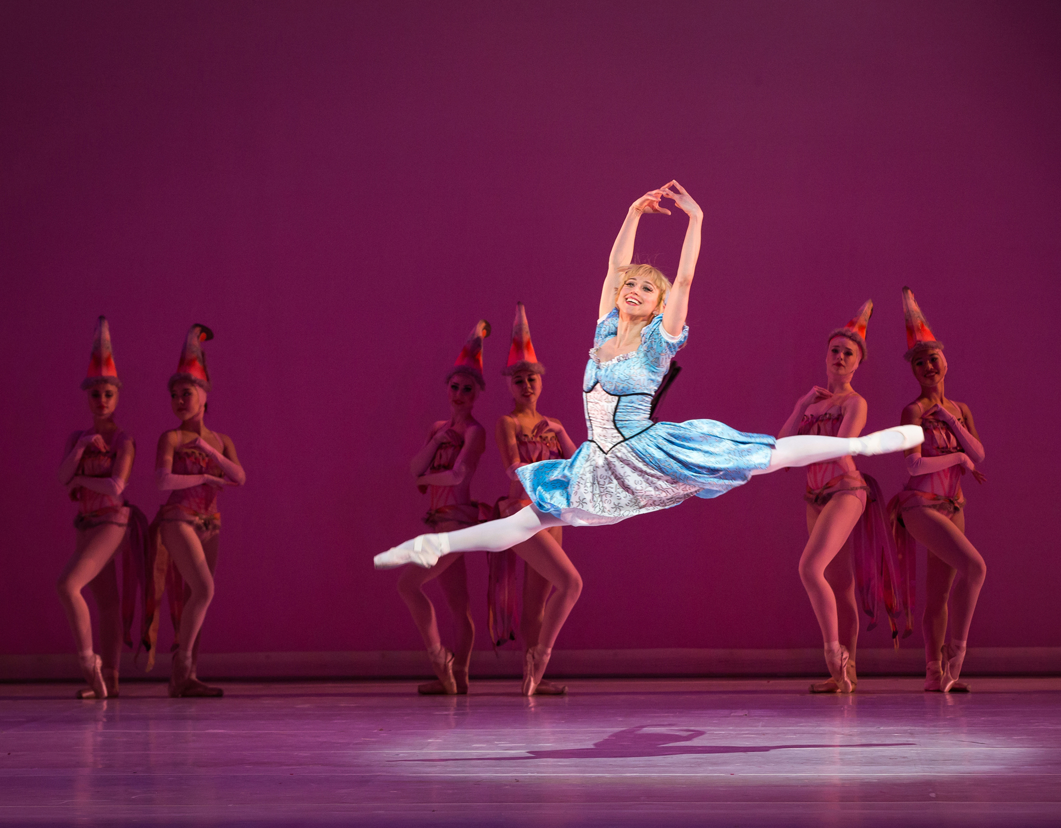 Sharon-Wehner-and-Artists-of-Colorado-Ballet-by-Mike-Watson.jpg