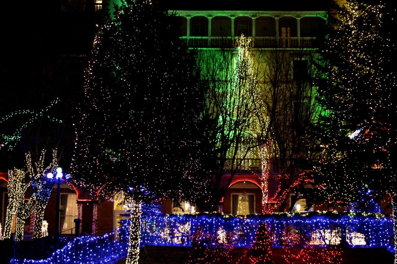 Colorado Hotel Glenwood Springs at Christmastime 35.jpg