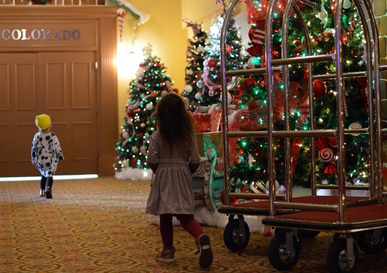 Colorado Hotel Glenwood Springs at Christmastime 44.jpg