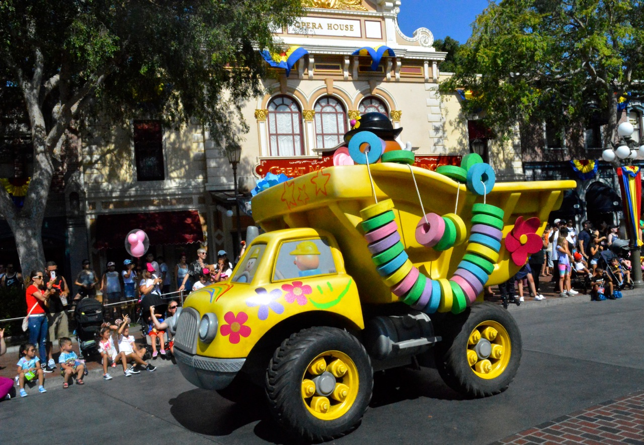 Disneyland California Adventureland with Toddlers July 2018 36.jpg