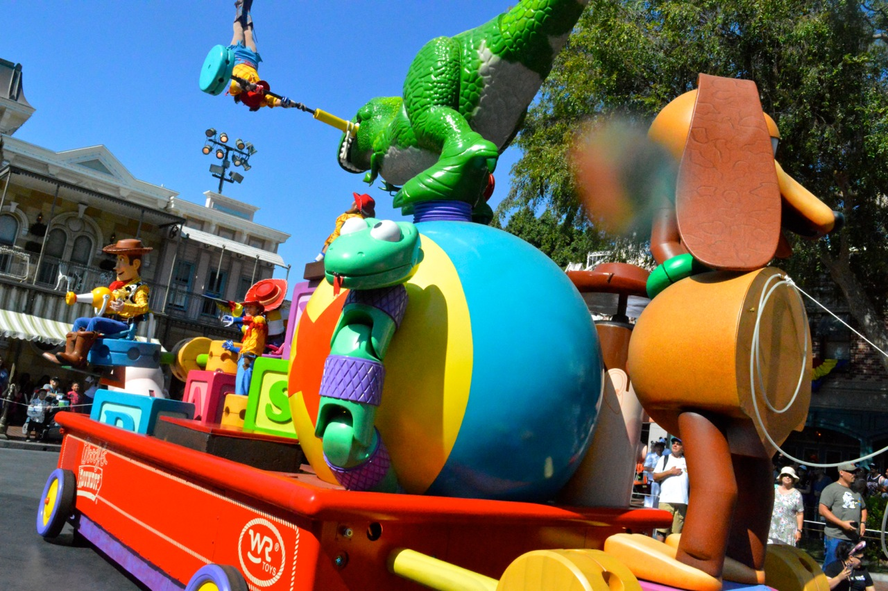 Disneyland California Adventureland with Toddlers July 2018 43.jpg