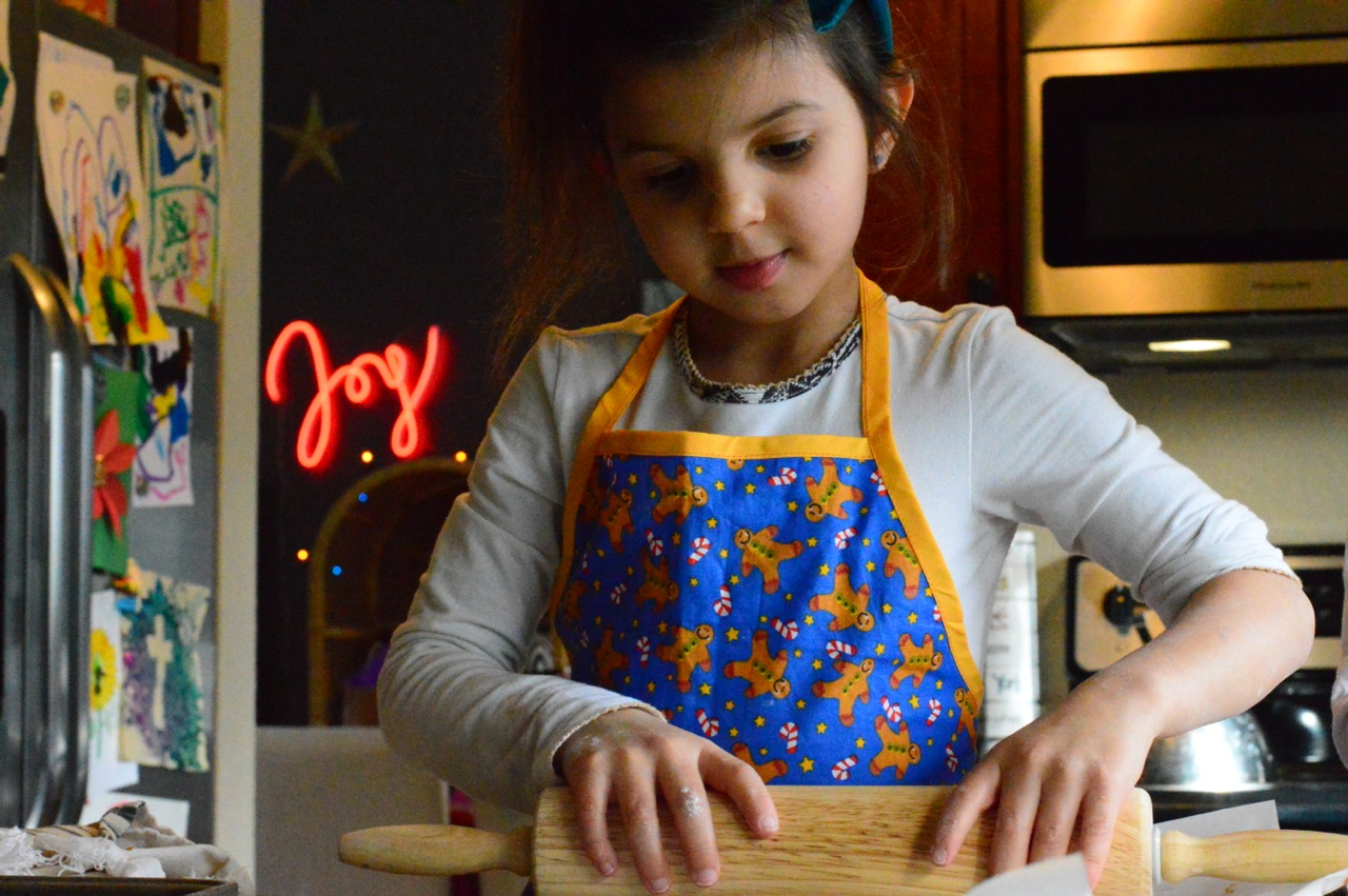 Gingerbread Cookie Making with Toddlers 15.jpg