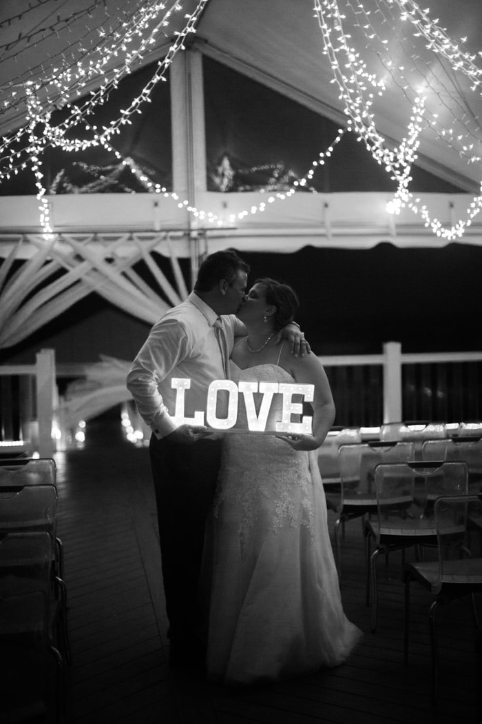 atlantic-beach-north-carolina-wedding-25-min.jpg