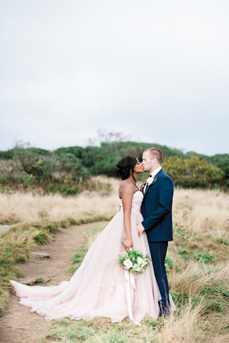 blue-ridge-mountains-wedding-inspiration-9-min.jpg