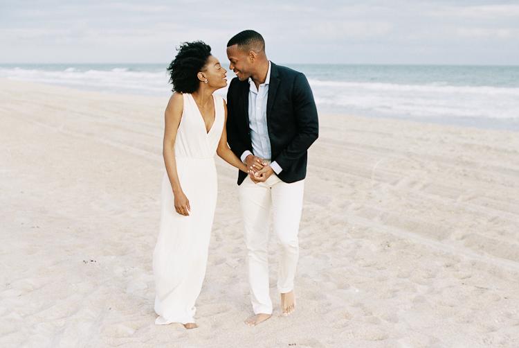 Styled-Elopement-Beach-Portraits-5.jpg