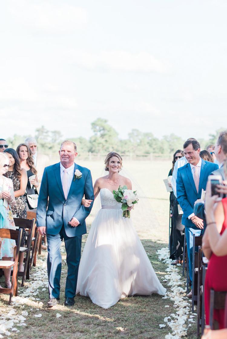 Southern-Pines-Horse-Farm-Wedding-22.jpg