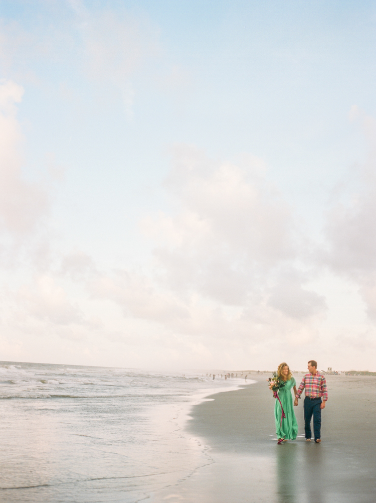 fort-fisher-beach-nc-engagement-photos-9.jpg