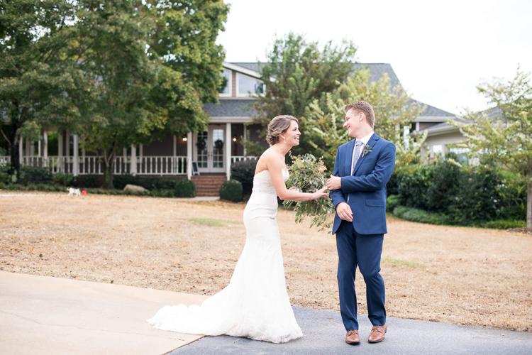 the-dutch-barn-greer-south-carolina-wedding-2.jpg