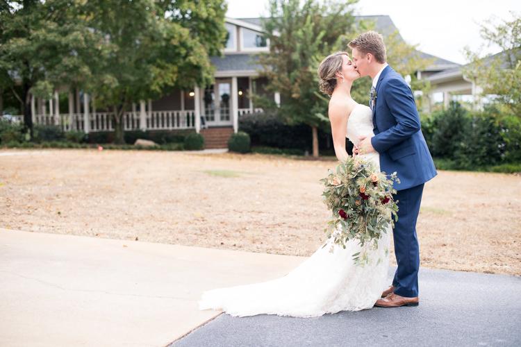 the-dutch-barn-greer-south-carolina-wedding-3.jpg