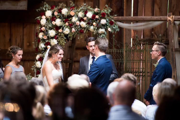 the-dutch-barn-greer-south-carolina-wedding-21.jpg