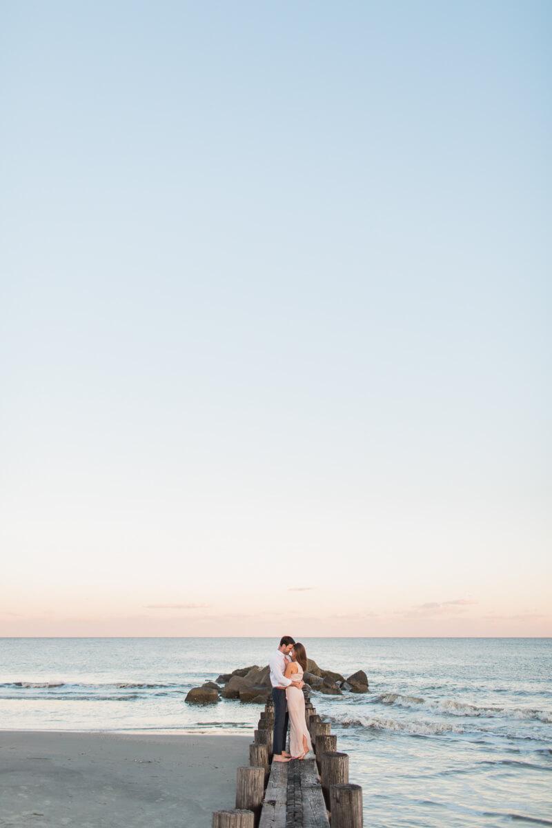 modern-charleston-sc-engagement-photos-13.jpg