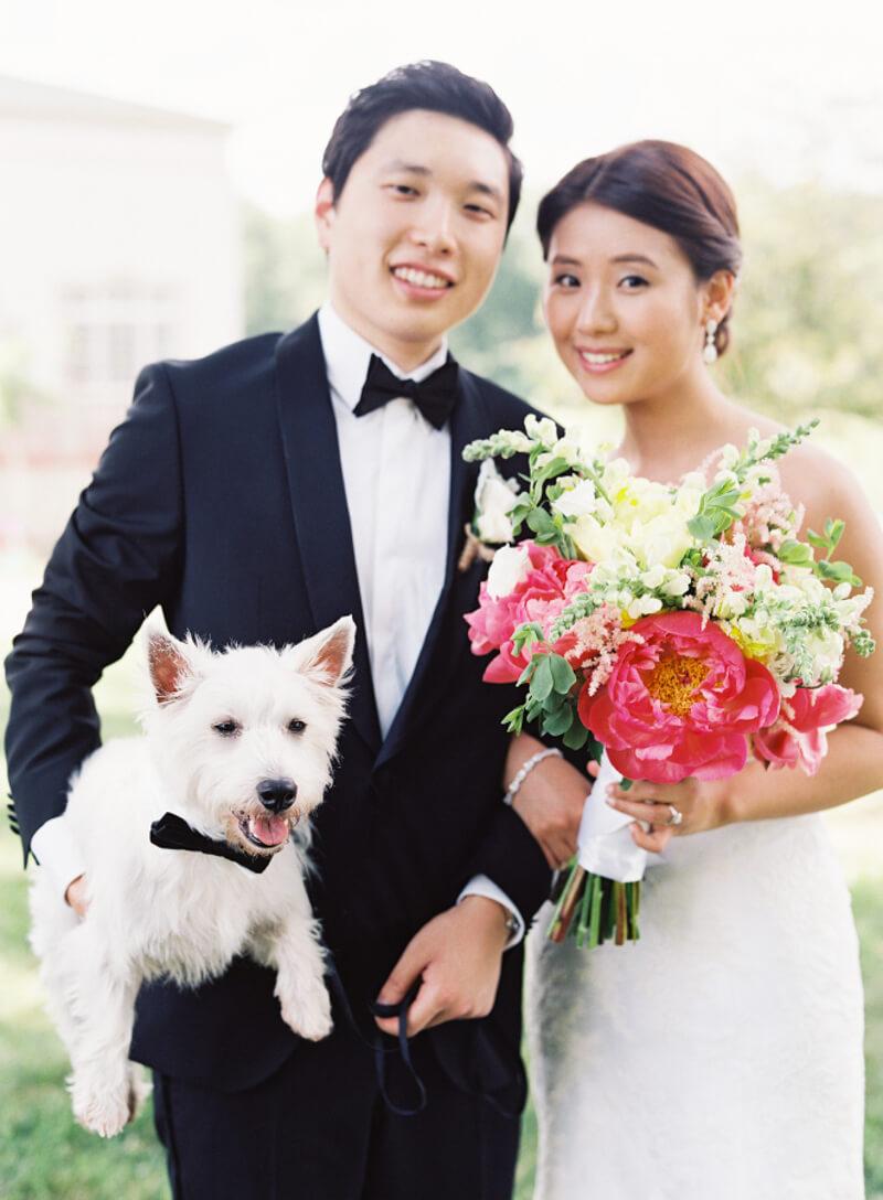 dogs-in-weddings-the-carolinas-magazine-2.jpg