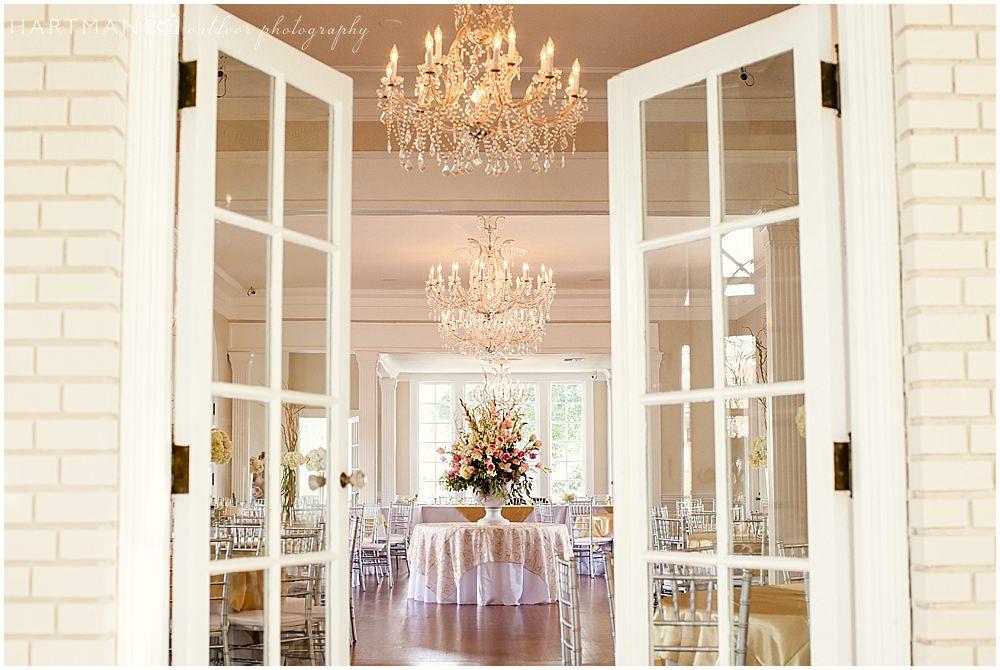 Separk-Mansion-Gastonia-NC-Wedding-0002.jpg.pagespeed.ce.2KECJ6YBia.jpg