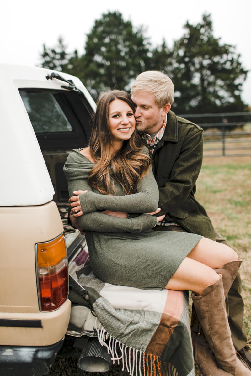 anne-close-springs-greenway-engagement-photos-14.jpg