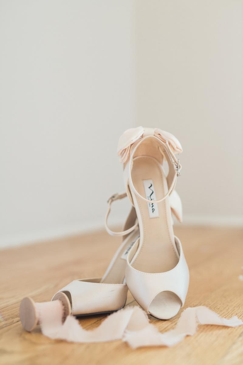 Raleigh-Wedding-at-The-Stockroom-8.jpg
