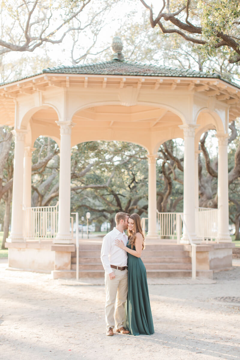 downtown-charleston-engagement-5.jpg