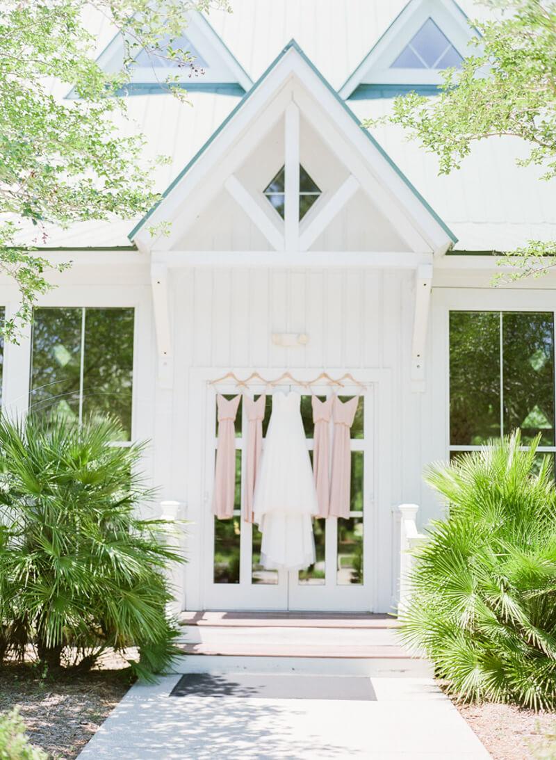 kaminski-house-nature-wedding-1.jpg