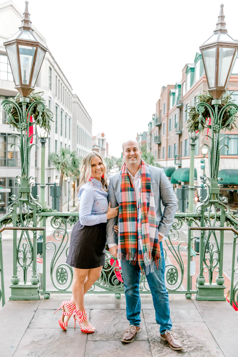 christmas-charleston-engagement-photos-3.jpg