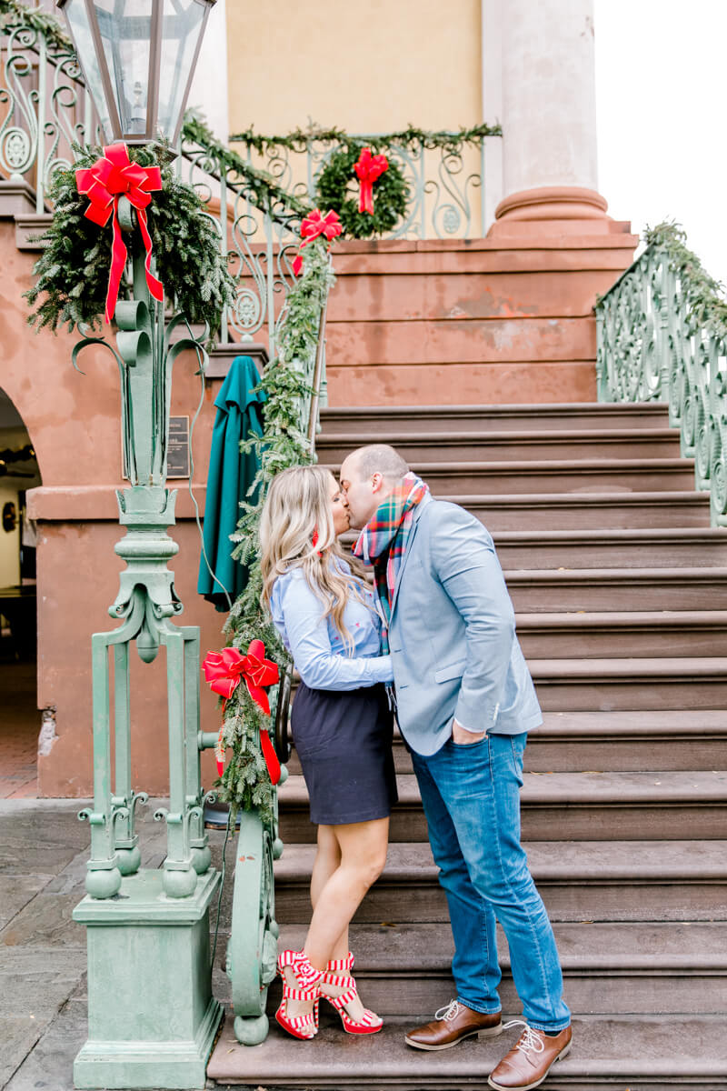 christmas-charleston-engagement-photos-5.jpg