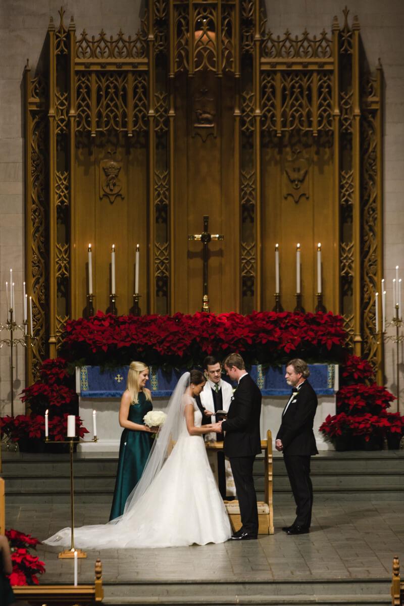 raleigh-christmas-wedding-photos-19.jpg