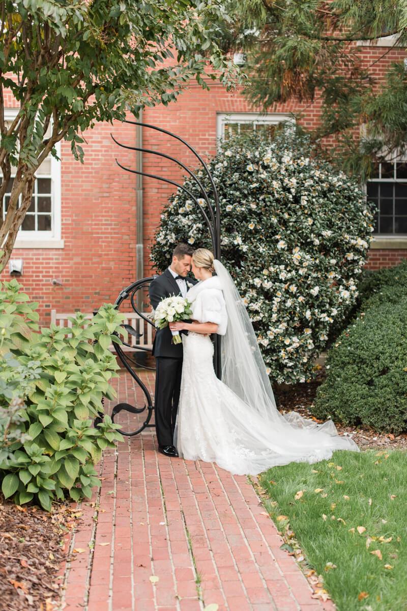 chapel-hill-wedding-photos-7.jpg