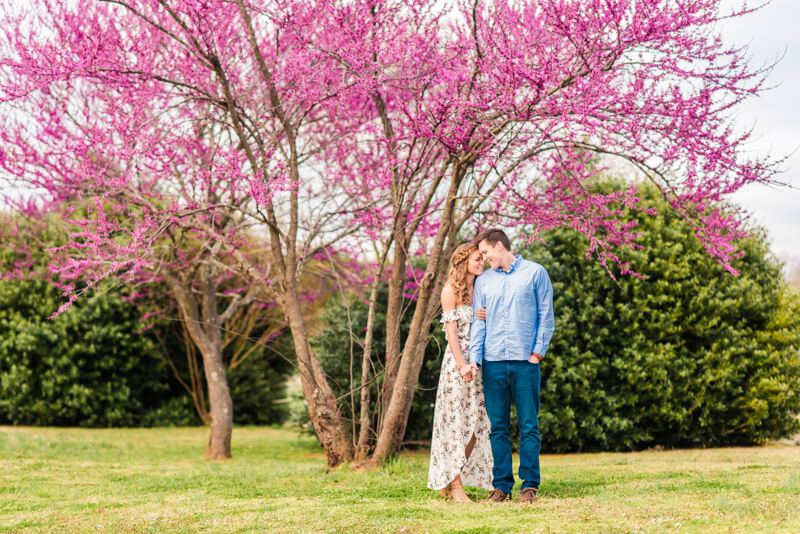 downtown-raleigh-engagement-photos-5.jpg