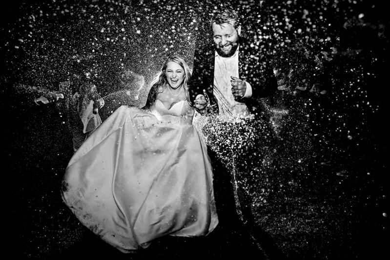 artistic-emerald-isle-wedding-photos-11.jpg