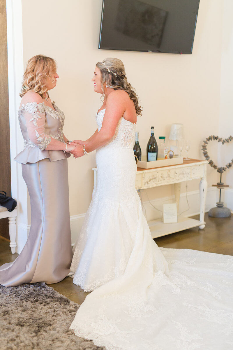 cornelius-nc-wedding-photos-9.jpg