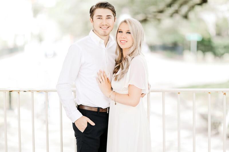 sweet-charleston-engagement-photos-8.jpg